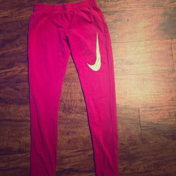 Nike hot pink leggings